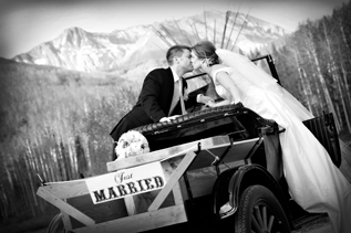 Colorado Wedding Photography Photo outdoors in Mountains and Nature